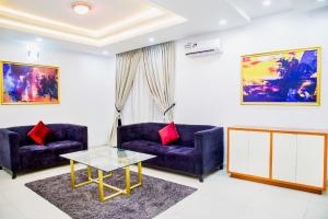 3 bedroom Flat / Apartment for shortlet - Ikate Lekki Lagos