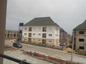 3 bedroom Blocks of Flats House for rent Main street river park Lugbe Abuja