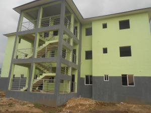 3 bedroom Blocks of Flats House for sale Abak Road, opposit University of Uyo Teaching Hospital Uyo Akwa Ibom