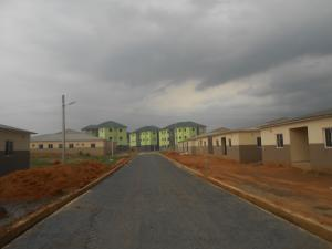 3 bedroom Blocks of Flats House for sale Abak Road, opposit University of Uyo Teaching Hospital Uyo Akwa Ibom