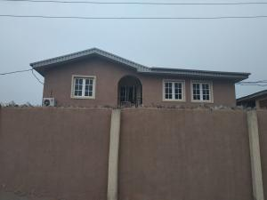 3 bedroom Flat / Apartment for rent Valley Estate by  Cement Agege Lagos