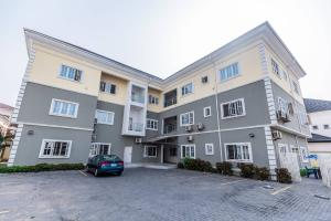 Flat / Apartment for shortlet ... Lekki Phase 1 Lekki Lagos
