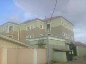 3 bedroom Blocks of Flats House for rent Abuja Quarters G.R.A  Oredo Edo