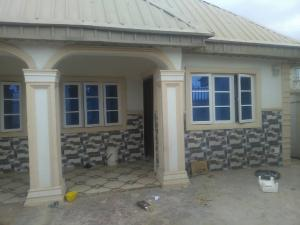 3 bedroom Flat / Apartment for rent akilapa estate idishin extension after nihort Idishin Ibadan Oyo
