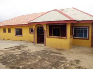 3 bedroom Flat / Apartment for rent Asaaju estate,liberty academy off Akala express Akala Express Ibadan Oyo