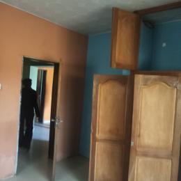 3 bedroom Flat / Apartment for rent elebu market area,akala express,ibadan Akala Express Ibadan Oyo