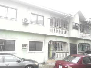 3 bedroom Flat / Apartment for rent peter odili road, Port Harcourt Rivers