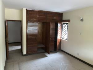 3 bedroom Blocks of Flats House for rent probyn road Bourdillon Ikoyi Lagos