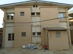 3 bedroom Flat / Apartment for rent falolu,off akerele Itire Surulere Lagos