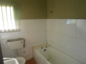 3 bedroom Semi Detached Bungalow House for rent UYO Uyo Akwa Ibom