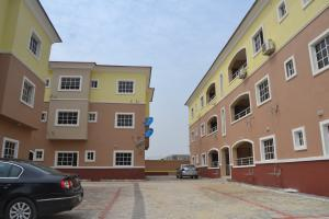 3 bedroom Mini flat Flat / Apartment for rent Itobore Khaline Drive off Akabueze Street Majek Sangotedo Lagos
