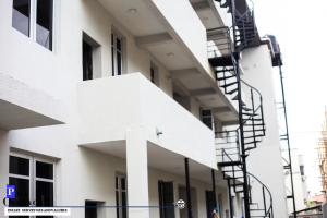 3 bedroom Flat / Apartment for rent Lekki Right Hand Side Lekki Phase 1 Lekki Lagos