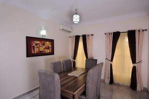 3 bedroom Massionette Townhouse for shortlet Phase 2 OSBOURNE Ikoyi Lagos