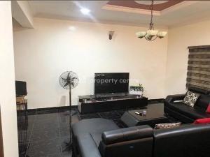 3 bedroom Flat / Apartment for rent        .. Magodo GRA Phase 1 Ojodu Lagos
