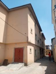 3 bedroom Commercial Property for rent Alagomeji Yaba Lagos