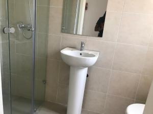 3 bedroom Semi Detached Duplex House for rent Ikota Lekki Lagos