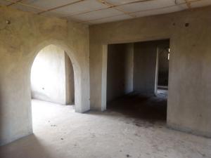 6 bedroom Self Contain Flat / Apartment for sale Taiye mongana, off Ayegoro, Liberty Academy, Orita challenge ibadan.  Oluyole Estate Ibadan Oyo
