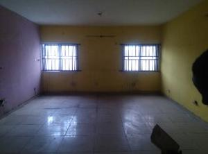 3 bedroom Flat / Apartment for rent JAMES ISLAND OFF CHIEF NATUFE Bode Thomas Surulere Lagos