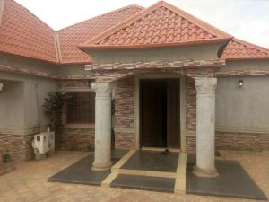 3 bedroom House for sale yakowa road Chikun Kaduna