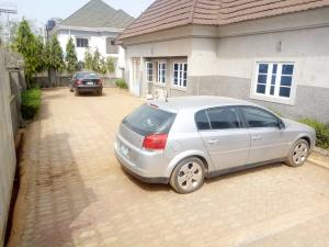 3 bedroom Detached Bungalow House for sale 3 minutes drive to Sunnyvale Lokogoma Abuja