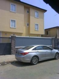 3 bedroom Flat / Apartment for rent Off ilupeju road Ilupeju Lagos