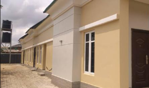 3 bedroom Detached Bungalow House for rent GRA, Benin city Oredo Edo