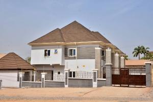 4 bedroom Terraced Duplex House for sale Opposite Divine Hand of God Ministries Durumi Abuja