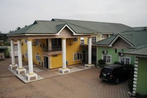 Hotel/Guest House Commercial Property for sale Sharp corner Oluyole extension, ibadan south west local govt, ibadan. Ibadan Oyo