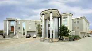 10 bedroom Hotel/Guest House Commercial Property for sale Lekki Lagos