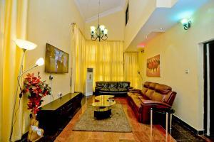 3 bedroom Detached Duplex House for shortlet -- VGC Lekki Lagos