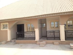 3 bedroom Terraced Bungalow House for rent Olusetan, elebu, akala exp.oluyole ext. Ibadan Akala Express Ibadan Oyo