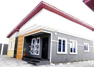 3 bedroom Detached Bungalow House for sale Km 46 lagos ibadan express way mowe Mowe Obafemi Owode Ogun