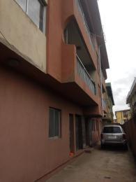 3 bedroom Flat / Apartment for rent Ogunbekun str, off Pedro road Shomolu Lagos - 0