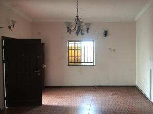 2 bedroom Flat / Apartment for rent Ayo Davies close off ogunlana drive Ogunlana Surulere Lagos