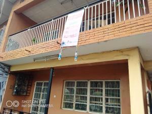 3 bedroom Shared Apartment Flat / Apartment for rent Moshalasi Street, Gbagada Ifako-gbagada Gbagada Lagos
