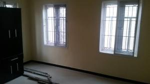 3 bedroom Blocks of Flats House for rent Ogunlana drive Ogunlana Surulere Lagos