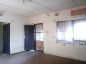 3 bedroom Flat / Apartment for rent taoridi street off babs animashaun by  Bode Thomas Surulere Lagos