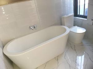 3 bedroom Flat / Apartment for rent Queen's Drive Bourdillon Ikoyi Lagos