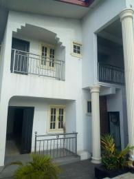 3 bedroom Flat / Apartment for rent Ladipo labijo street off Bode Thomos Bode Thomas Surulere Lagos