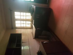 3 bedroom Shared Apartment Flat / Apartment for rent mojisola close Adelabu Surulere Lagos