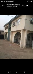 3 bedroom Semi Detached Duplex House for rent 1,akinrogun layout,new felele / soka ibadan. Soka Ibadan Oyo