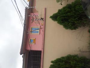 3 bedroom Flat / Apartment for rent off Adelabu Adelabu Surulere Lagos