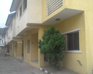 3 bedroom Terraced Duplex House for sale Canal estate Oaapa Osapa london Lekki Lagos
