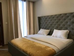 3 bedroom Flat / Apartment for shortlet 1412 Ahmadu Bello Way Victoria Island Lagos
