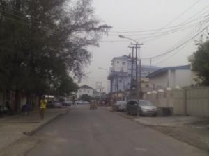 4 bedroom House for sale Area 8, Close to Zenith Bank Garki 1 Abuja