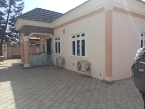 4 bedroom Detached Bungalow House for rent main street Lugbe Abuja