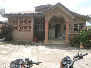 4 bedroom Detached Bungalow House for sale Ring Rd Ibadan Oyo