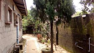 4 bedroom House for sale the major express way by Ibeju-lekki. LBS Ibeju-Lekki Lagos