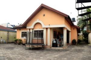4 bedroom Detached Bungalow House for sale Nvigwe Road Woji Trans Amadi Port Harcourt Rivers