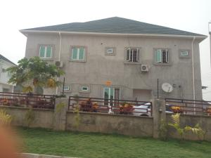 4 bedroom Semi Detached Duplex House for rent Main street river park estate Lugbe Abuja